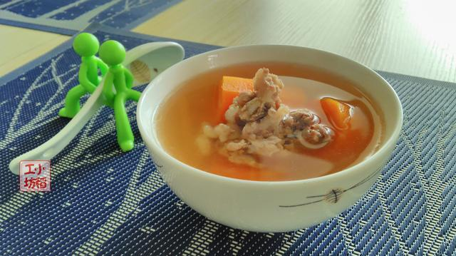 胡萝卜煲猪骨汤怎么做好吃?