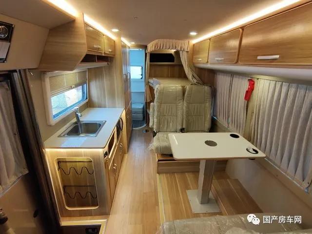 外观最不像房车的房车,超大空间,48V电路加持,关键C1还能驾驶