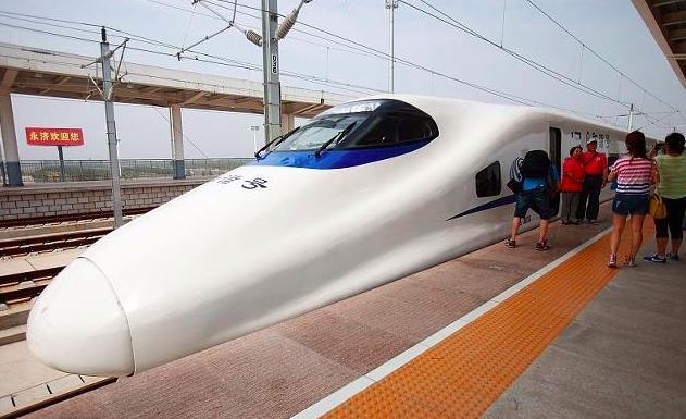 亚洲最大火车站,广州新站相当于30个天安门广场_手机搜狐网