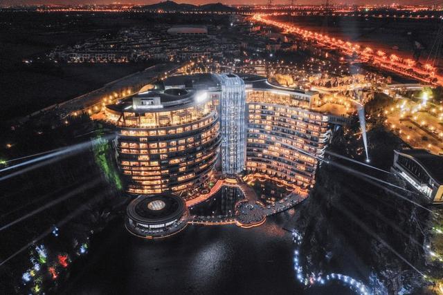 酒店设计丨建筑史上一大突破丨上海佘山深坑酒店全套设计施工素材