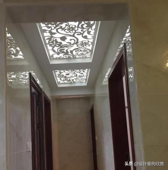 客厅过道吊顶镂空雕花灯装修设计案例_装修123效果图