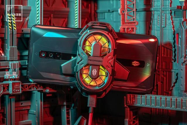 红魔6评测:全方位打造,真正适合国人的电竞游戏手机