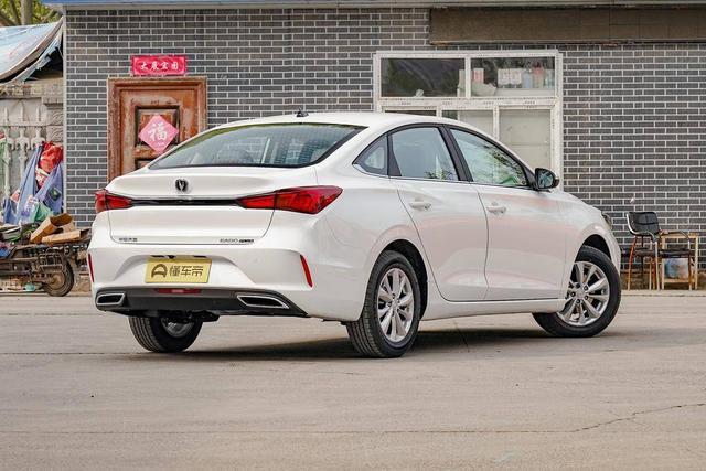 改款后卖掉5万多台,2米7轴距油耗不到6L,7万长安取代德系家轿?