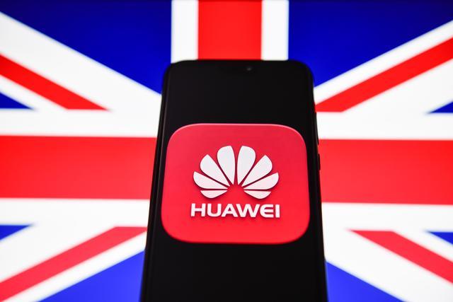 """英国""""封杀""""华为的代价:损失数亿、""""几天""""没信号、5G延后"""