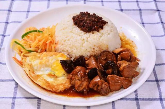 什么菜最适合做盖浇饭?这10道菜好吃到连盘子都想吃光!