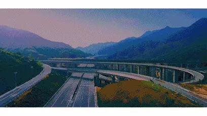 四川最美高速公路,一路串联了无数景点,美到炸裂!