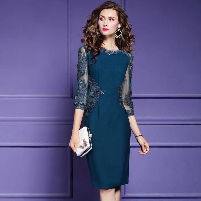 母亲节别让妈妈穿太土,5月最火的轻熟风连衣裙,高贵高雅又减龄
