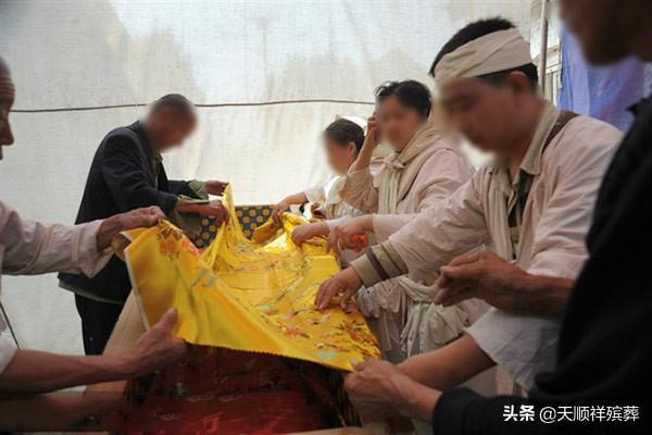 老北京人的入殓仪式,感受渐行渐远的丧葬文化