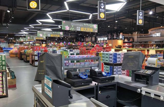 小润发、盒马mini……新旧零售玩命抢食社区,会否南柯一梦?