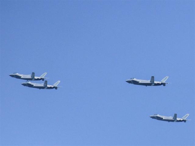 官方透露关键情报,601所新一代战机明年首飞?海四代还是六代机?