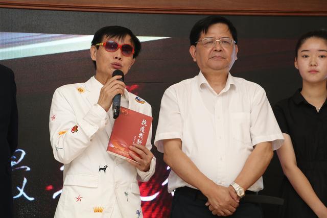 《最美逆行》上海看片会,邓建国新作致敬平凡英雄