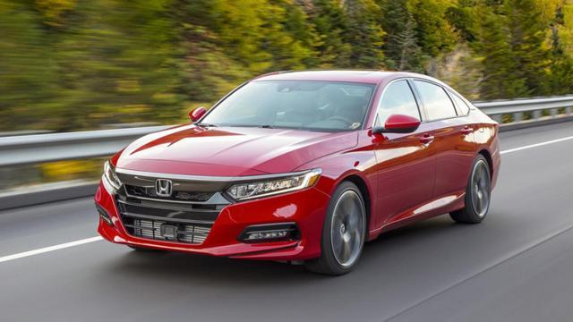 月销量超2万台,本田雅阁哪款车型最值得买?今儿给你来支招