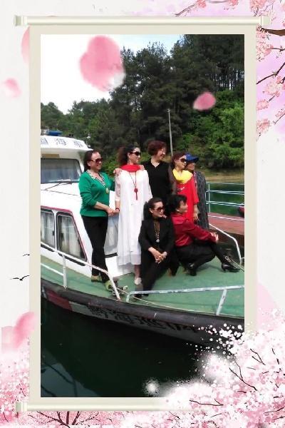 六盘水天生湖十里杜鹃