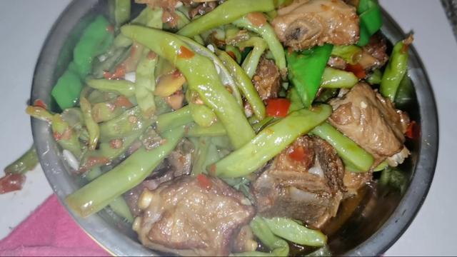 梅干菜烧四季豆图片