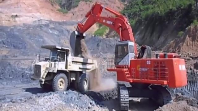 6个世界最大的液压挖掘机,每台的价格都上亿!_网易视频