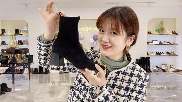 新款女士靴子图片