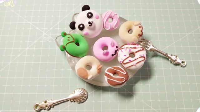 「粘土系列」Hello Kitty甜甜圈