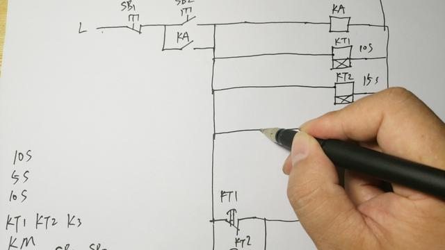 土电工帮学员画电路图
