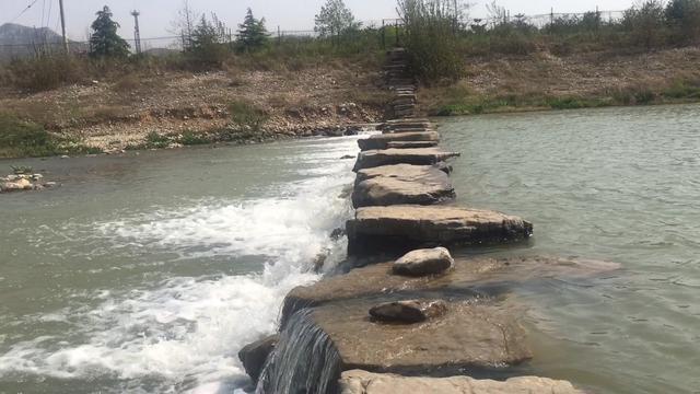 济南南部山区有处免费景区,青山绿水、河水潺潺,垂钓游玩好去处