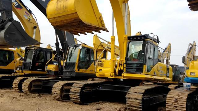 纯二手小松450-7挖掘机,原版原样土方机