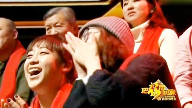 赵四携手儿子刘程上演直播饮酒醉,笑点百出,真是搞笑父子组合!