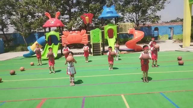 适合幼儿园的篮球律动操,来学习一下,六一的节目又有了