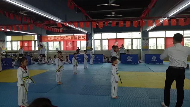 跆拳道升级考试(1)_网易视频