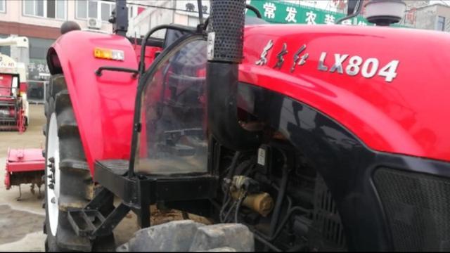 二手农经市场大量二手收割机拖拉机,成色不错价格不贵