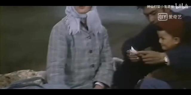 原来朱时茂年轻时这么帅,18岁照片惊呆众人,全场尖叫