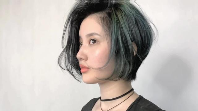 女性短发这样剪,一看就是精品,想不美太难