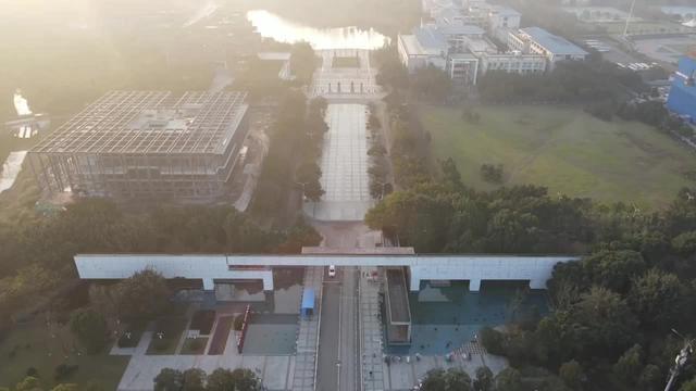 川美虎溪校区图片