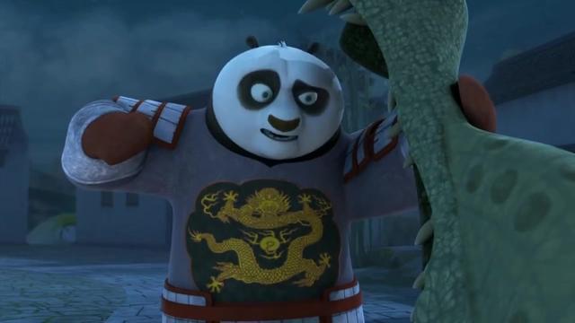功夫熊猫:阿宝假扮午夜怪客,但为救老爸,当场拆穿身份!