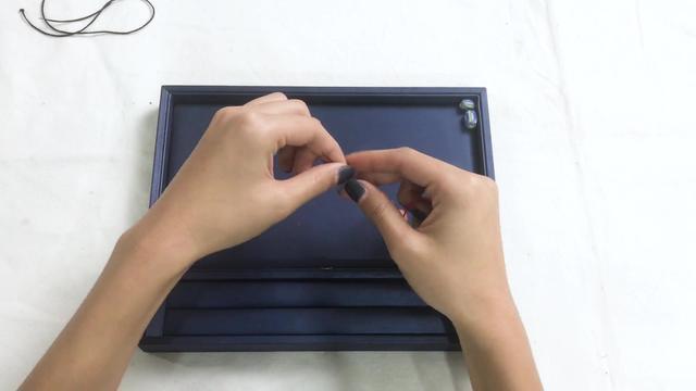教你3分钟制作1条 银珠子琉璃手串,戴上精致漂亮 又能排除湿气!