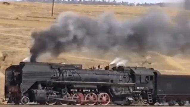 集通线2003年前进机车视频,大气磅礴的感觉