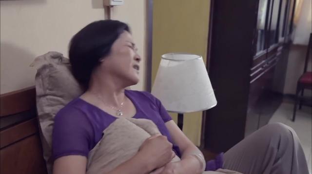 老妈的三国时代:夫妻俩吃了臭豆腐,结果食物中毒,真是太惨了