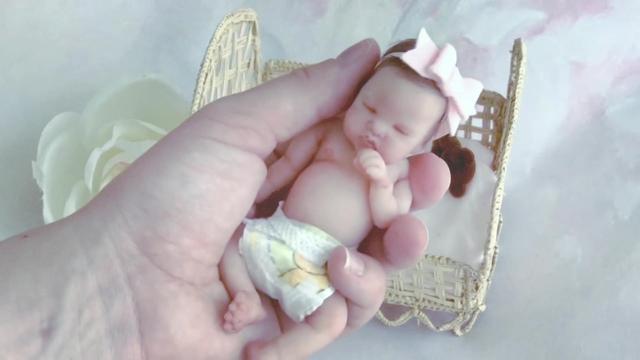 芭比娃娃仿真人偶图片