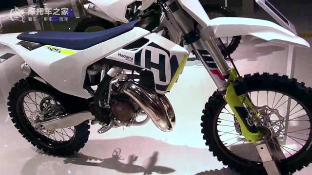 Adam Riemann 测试 2010 胡斯瓦纳越野摩托车