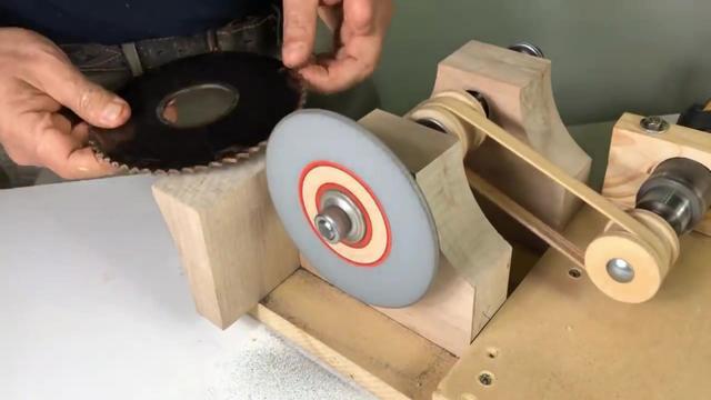 6分钟小视频带你看懂CNC全自动圆锯片研磨机是如何磨锯片的