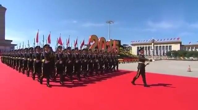 2020年3月3日6点45天安门广场升旗 三军仪仗队非常震撼 祖国强大