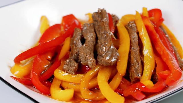黑椒牛柳饭图片