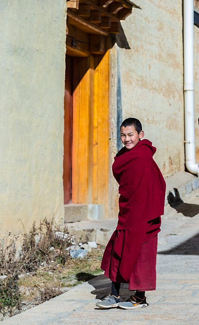 西藏喇嘛活佛图片