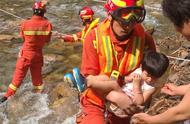 密云特大暴雨 警方协助转移安置群众1.1万人