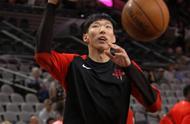 「体育」(1)篮球——NBA季前赛:火箭胜马刺