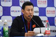 男篮世界杯首战感人瞬间 中国男篮赛后全体向一人鼓掌