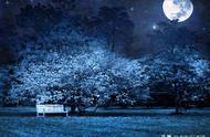 中秋的月亮有多美?盛唐宰相写了一首诗,开头就是巅峰之作