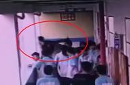 广西都安一初中生被高年级学生扔下4楼,全身多脏器受损