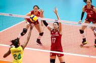 中国女排3-2巴西艰难取胜!袁心玥26分 朱婷让人心疼!