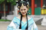 华丽丽的8大蓝色宫廷装:甄嬛不是最美,周丽淇秒杀王珞丹