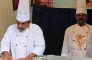 印度师傅中国开飞饼店,两个月不到为何哭诉?