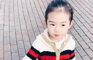 李承铉晒4岁Lucky的庆生视频,网友:和戚薇一模一样